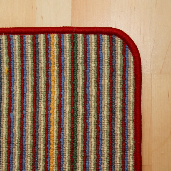 Schlingen Teppich gestreift mit roter Umkettelung Sonderposten